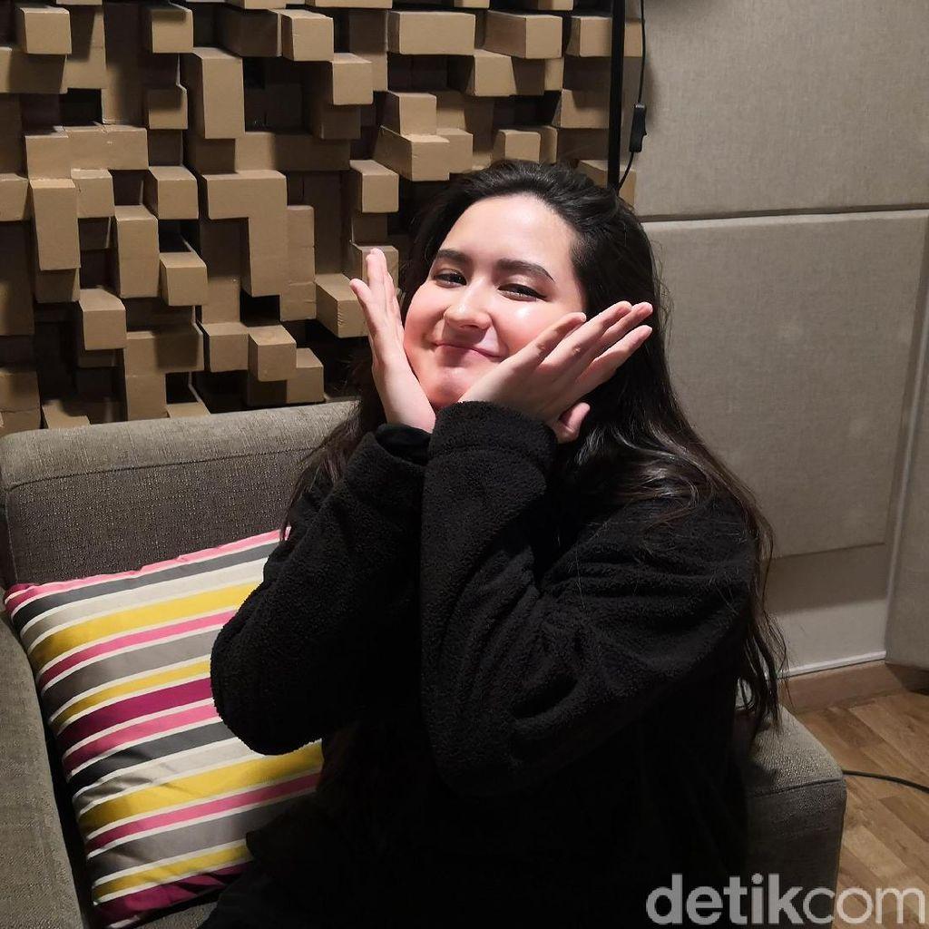 Stephanie Poetri Cerita Suka-Duka Jadi Anak Titi DJ