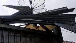 Puluhan Rumah Rusak Diterjang Angin Kencang di Pemalang