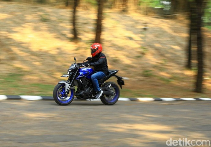 Tes Ride Yamaha MT-25
