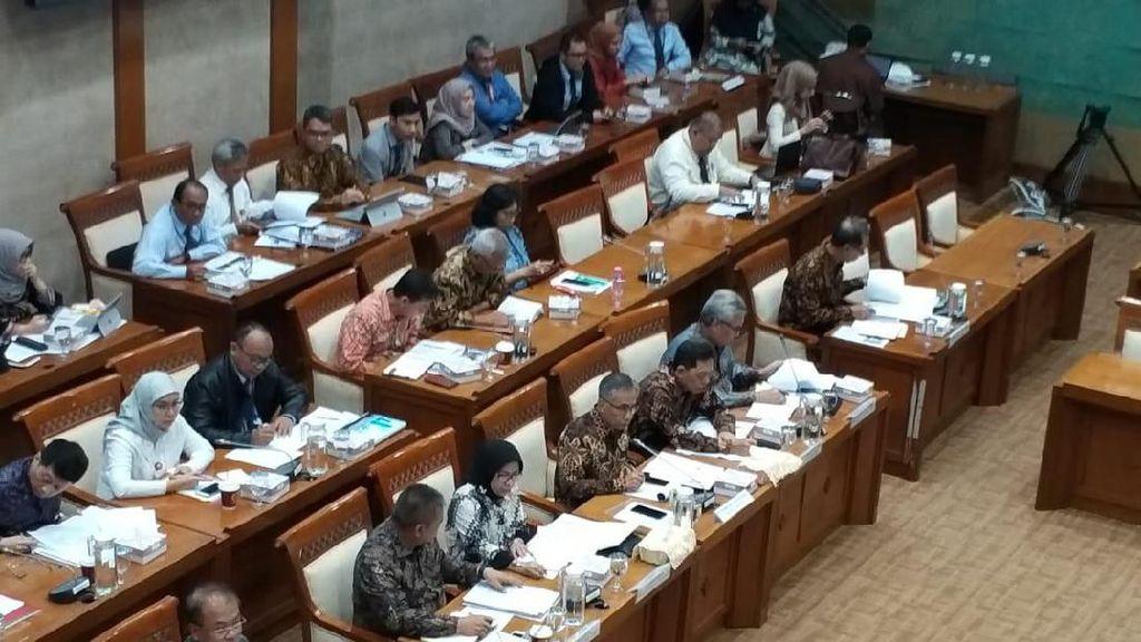 DPR Cecar OJK Soal Bumiputera, Jiwasraya hingga Muamalat