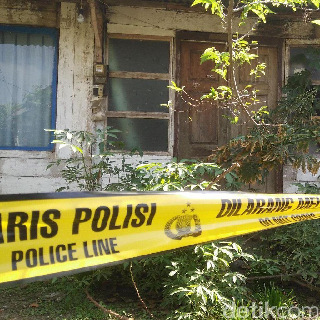 Misteri Mayat Terkubur di Pekarangan Rumah, Polisi Periksa 4 Saksi