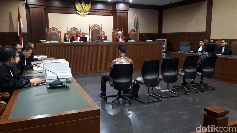 Eks Bupati Talaud Dituntut 7 Tahun Penjara