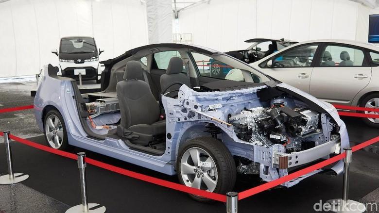 Jeroan mobil Prius Foto: Toyota Motor Corporation