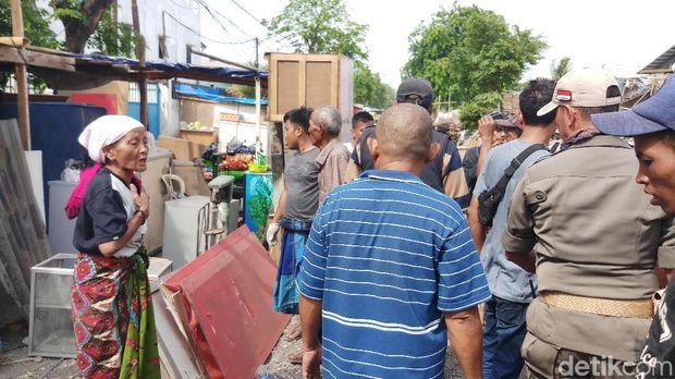Warga Masih Bertahan, Satpol PP Datangi Lagi Lokasi Penggusuran di Sunter