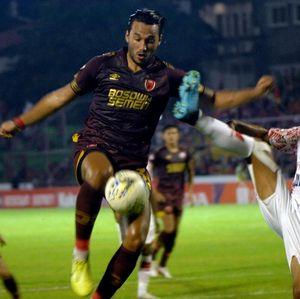 Ezra Walian Dilarang Bela PSM di AFC Cup