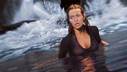 Film Deep Blue Sea, Ketika Hiu Raksasa Mengamuk