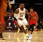 Hasil NBA: Lakers Gemilang, Warriors Kembali Tumbang