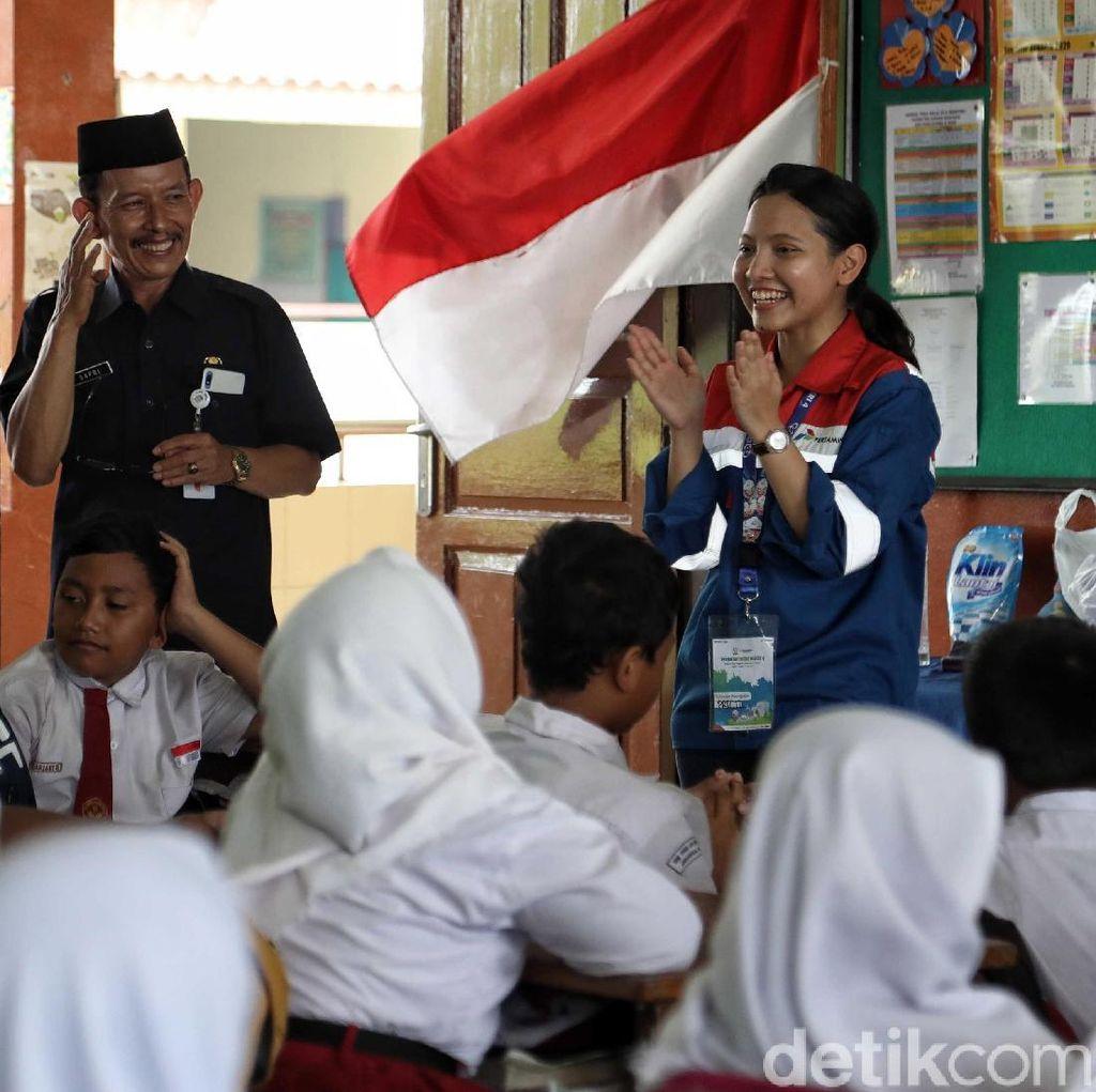 Antusias Anak-anak Belajar Sumber Energi