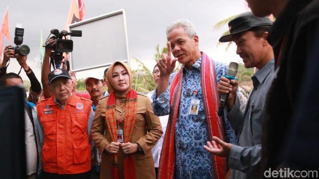 Kata Ganjar Soal Teror Tawon Vespa yang Tewaskan Warga di Klaten
