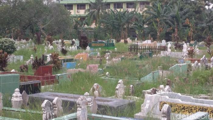 TPU Sei Sikambing, Medan Petisah, Medan, lokasi liang kubur untuk pelaku bom bunuh diri Medan. (Datuk Haris Molana/detikcom)