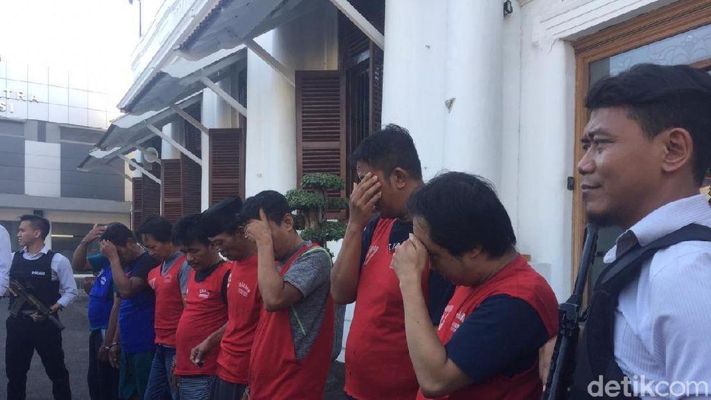 Polisi Surabaya Amankan 865,8 Gram Sabu dan 8 Anggota Sindikat Narkoba