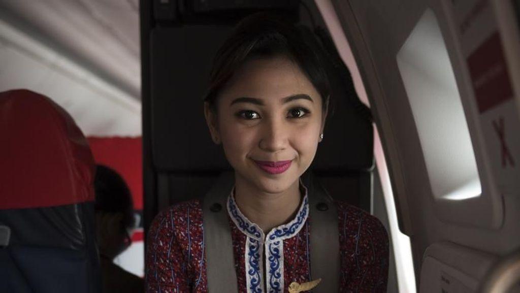 Viral Suara Pengumuman Pramugari Saat Pesawat Mau Mendarat Buat Hati Ambyar