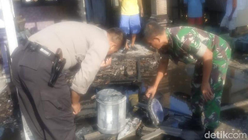 Gara-gara Merokok Sambil Tuang Bensin, Rumah dan Mobil PNS Ngawi Hangus