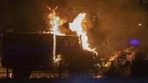 Demonstran Pakai Panah-Molotov, Polisi Hong Kong Ancam Gunakan Peluru Tajam
