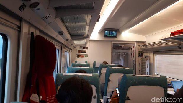 Kereta Valencia-Madrid