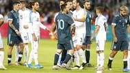 Cekcok di Lapangan, Cavani Disebut Ajak Messi Berkelahi