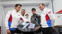 Tes MotoGP Valencia: Marquez Bersaudara Sama-sama Crash