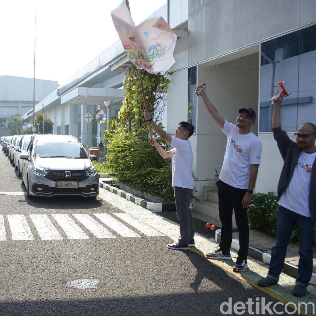 Adu Irit, Mobilio Tembus 28 Km Per Liter