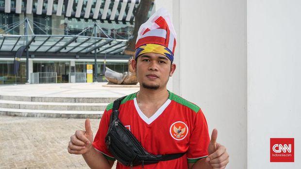 Salah satu penjual di Stadion Bukit Jalil.