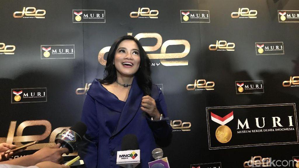 Raup Penonton Malaysia, Film Makmum Raih Rekor MURI
