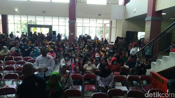Foto: Penyuluhan PSK di JBL (Angling Adhitya Purbaya/detikcom)