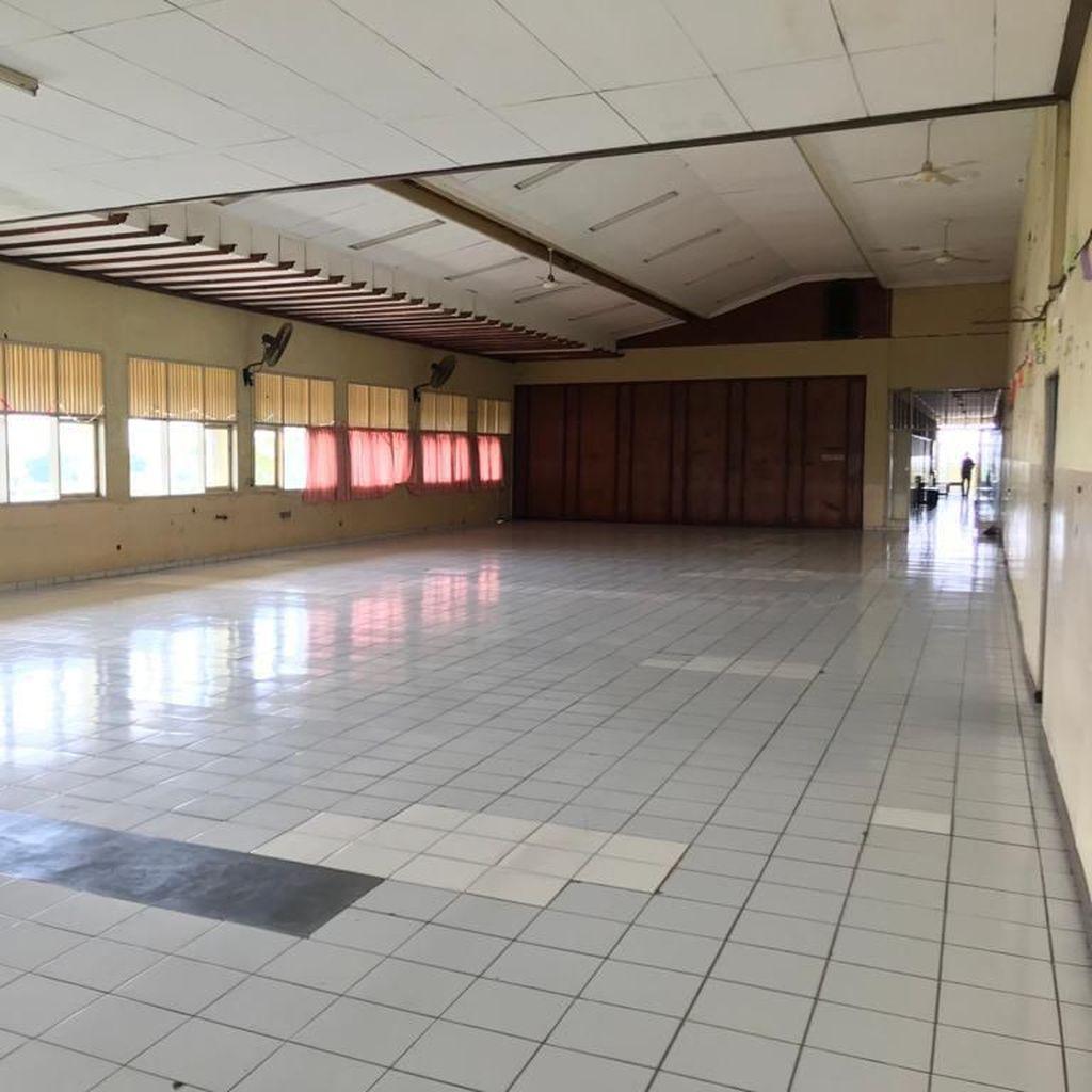 Kegiatan Belajar Siswa SMK Yadika 6 Bekasi Dipinda ke Aula Pascakebakaran