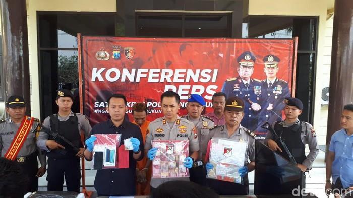 Konferensi pers Polres Nganjuk (Sugeng Harianto/detikcom)