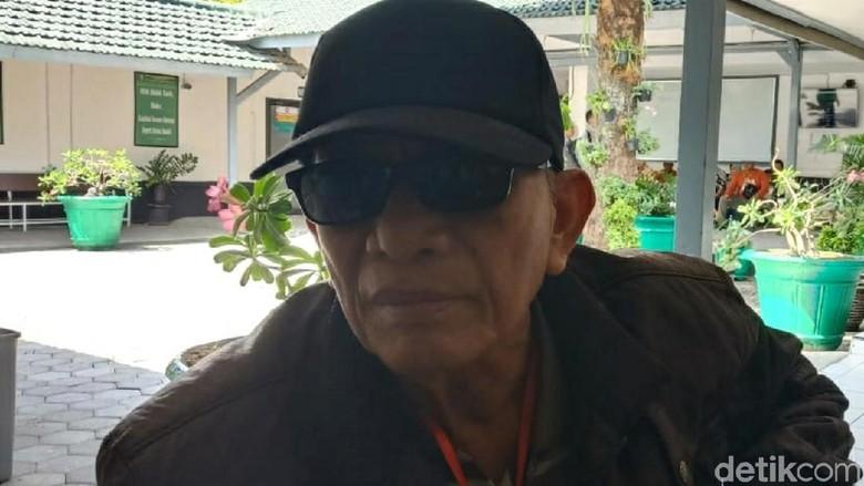 Buta Pascaoperasi, Penjual Soto Gugat RS Mata Solo Rp 10 M