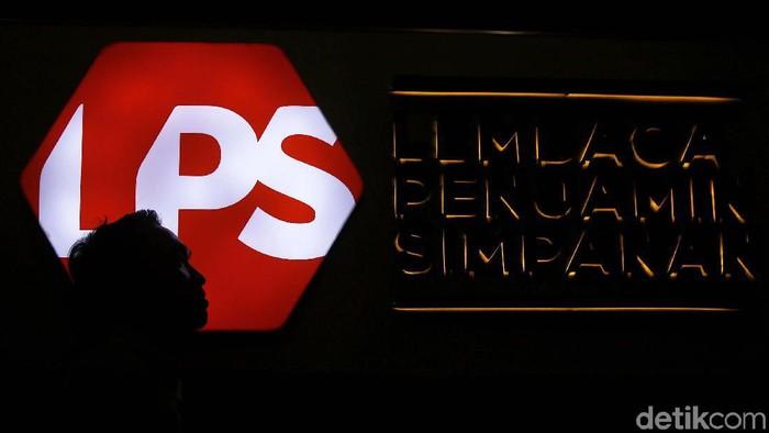 Lembaga Penjamin Simpanan (LPS) menurunkan suku bunga penjaminan untuk simpanan rupiah dan valuta asing pada bank umum dan bank perkreditan rakyat (BPR).