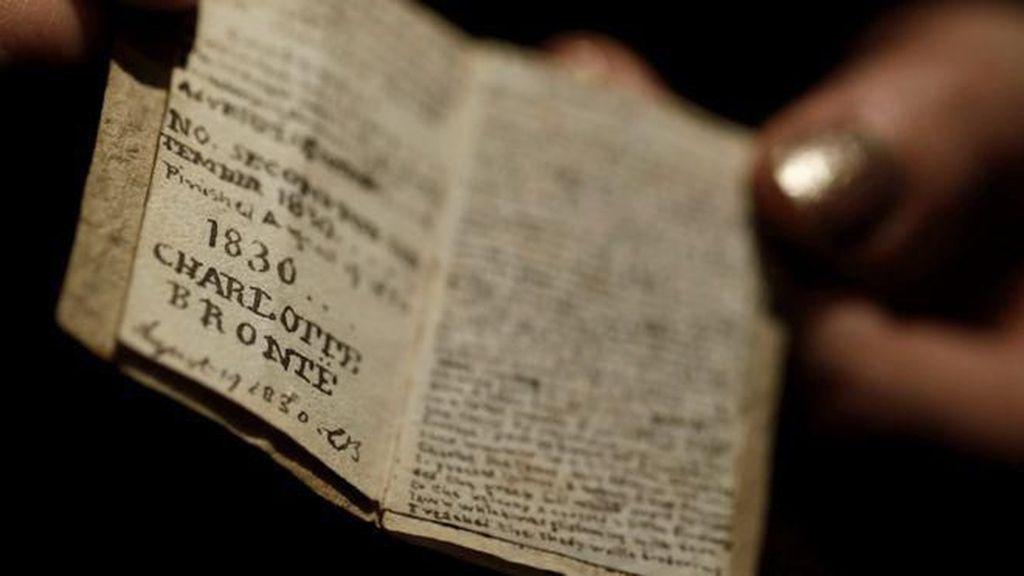 Miniatur Langka Karya Penulis Jane Eyre Pulang Kampung ke London