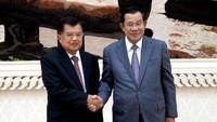 Pertemuan itu digelar di gedung Peace Palace, Kantor PM Kamboja, Senin (18/11/2019) pukul 17.30 waktu setempat.