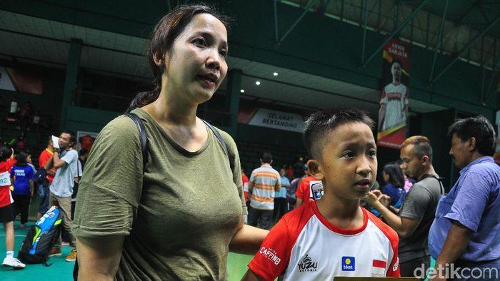 Bayu Satriawardana Saum Putra akhirny lolos Final Audisi Djarum Beasiswa Bulutangkis 2019, Kudus, Selasa (19/11/2019). (Akrom Hazami/detikSport)