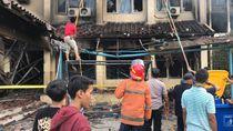 2 Unit Damkar Padamkan Api yang Muncul di Lantai 2 SMK Yadika 6 Bekasi