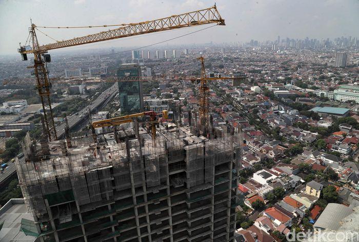 Aktivitas yang tak pernah henti di wilayah Jakarta membuat berbagai pengembang properti masih membidik wilayah Ibu Kota untuk mengembangkan bisnis properti. Tak hanya untuk kebutuhan bisnis dan ekonomi seperti gedung perkantoran, tetapi juga untuk kebutuhan konsumsi seperti perumahan maupun apartemen.