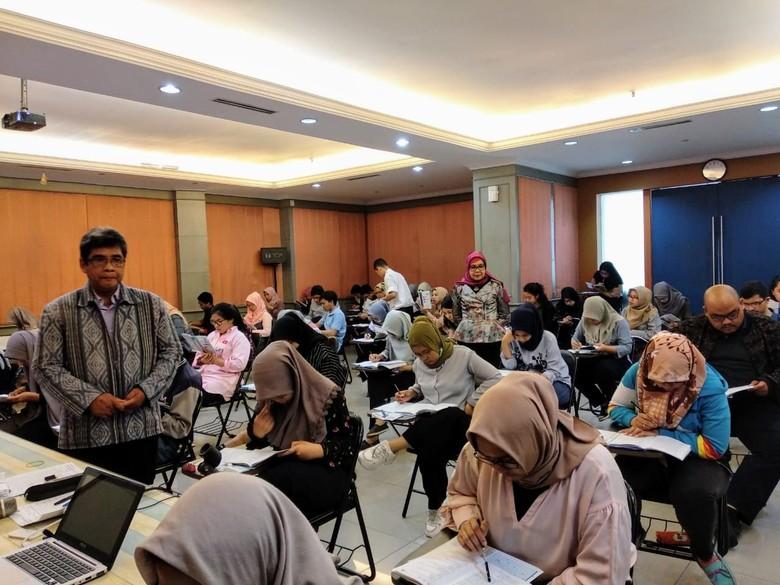 Lembaga Pelatihan Bahasa Dibanjiri Pendaftar CPNS