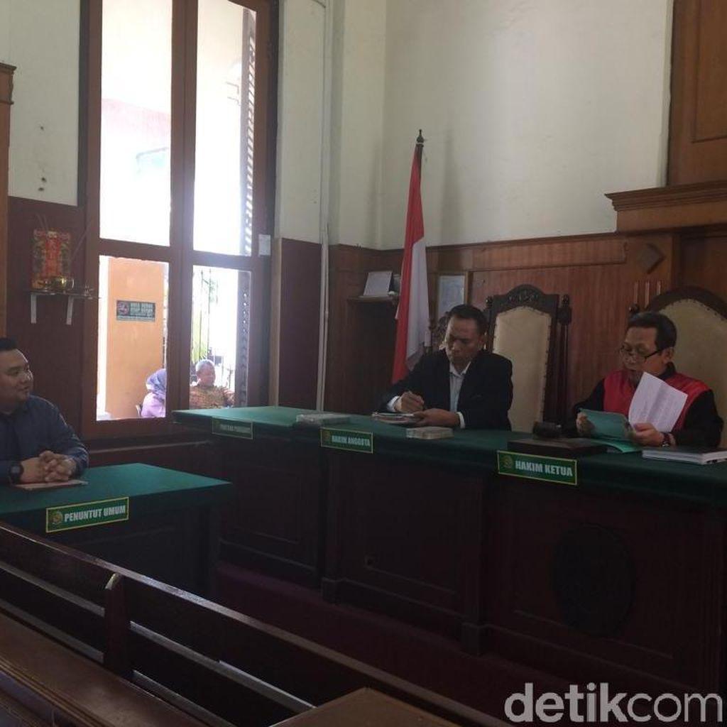 Permohonan Ganti Kelamin Perempuan Jadi Laki-laki di Surabaya Dicabut