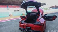 Sportcar legendaris Toyota ini dibanderol dengan harga Rp 1,995 miliar per unit (OTR DKI Jakarta).