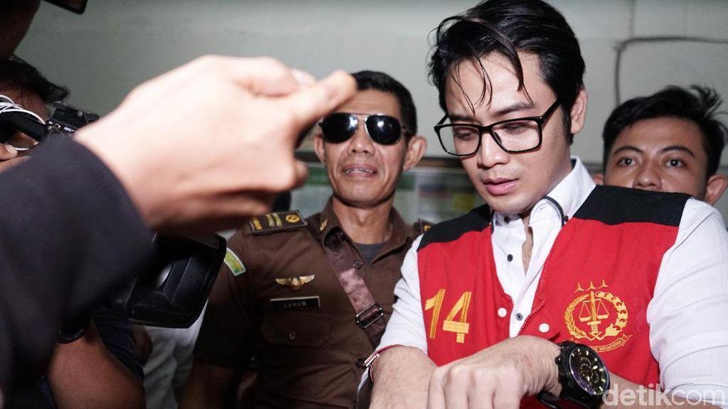 Aktor Kriss Hatta Hadapi Sidang Putusan Kasus Penganiayaan Sore Ini