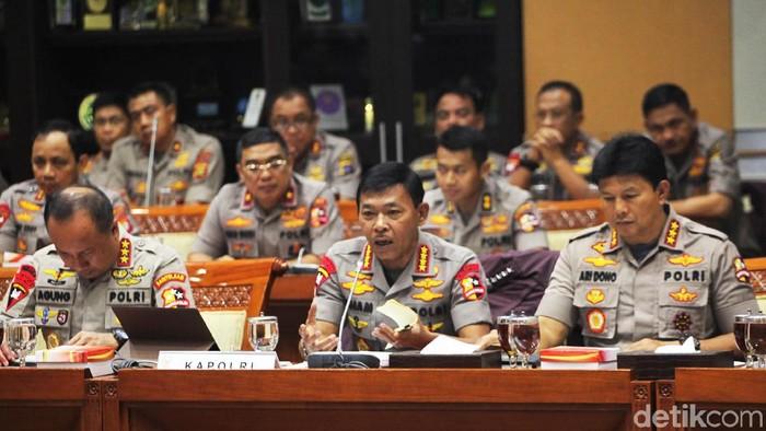 Rapat perdana Kapolri Jenderal Idham Azis bersama Komisi III DPR. (Lamhot Aritonang/detikcom)