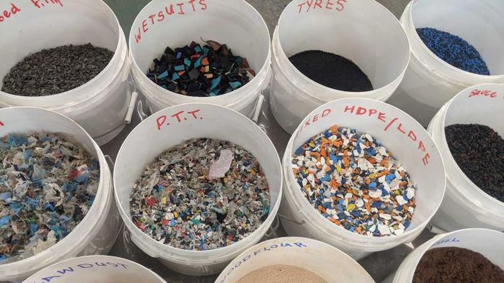 Ilmuwan Australia Temukan Kemungkinan Solusi Daur Ulang Sampah Plastik