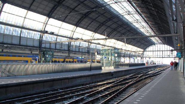 Kembaran Stasiun Tanjung Priok Ada di Belanda