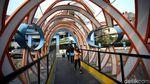 Melihat lebih Dekat Jembatan Ketupat Kebanggaan Anies