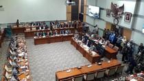 Raker di Komisi III, Kapolri: 74 Terduga Teroris Ditangkap Usai Bom di Medan