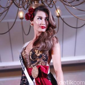 Foto: Bocoran Gaya Puteri Indonesia Alexis Cull di Miss Universe 2019