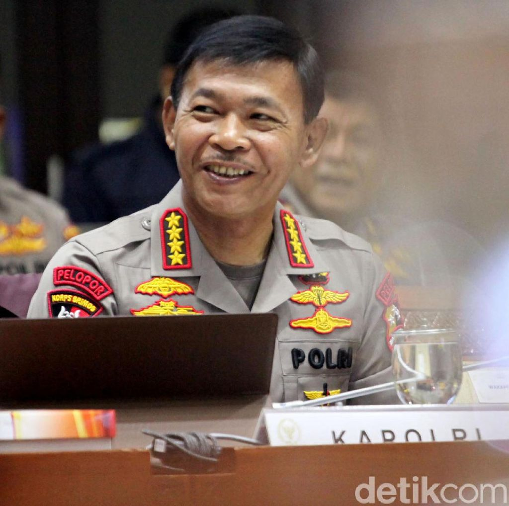 Anggota DPR Apresiasi Kapolri Copot Kapolres Kampar Gegara Ngobrol