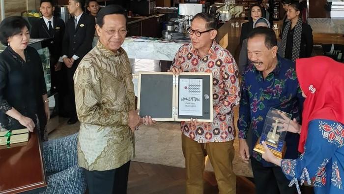Foto: Hermawan Kartajaya dan Sri Sultan di Yogyakarta (ist)