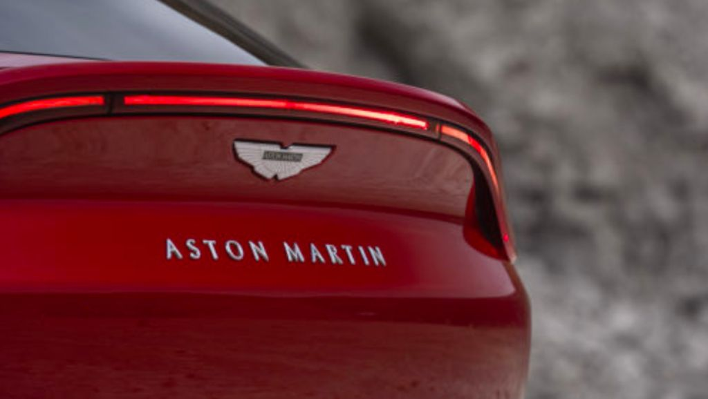 Punya Bos Baru, 500 Karyawan Aston Martin Bakal Dirumahkan
