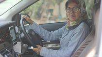 Single Parent, Sawitri Gantungkan Asa Jadi Drvier GrabCar