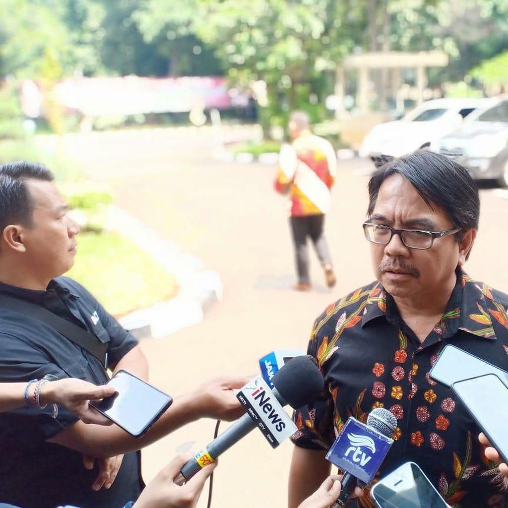 Ade Armando Penuhi Panggilan Polisi Terkait Meme Anies Berwajah Joker