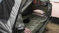 Wujud Penginapan Paling Murah di Inggris: Tenda & Jok Mobil